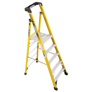 PD7305 Step Ladders - Werner US