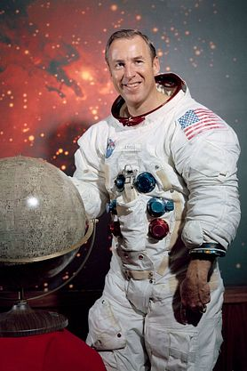 historic photo of NASA astronaut James Lovell