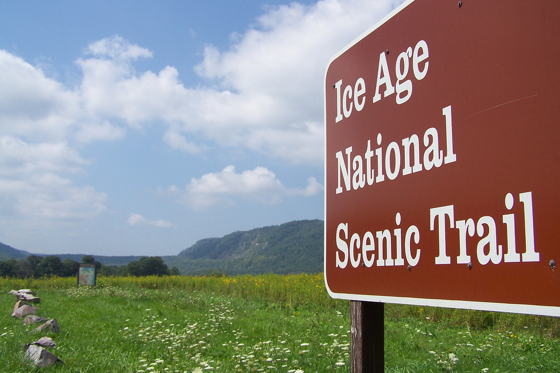 Sign designating Ice Age National Scenic Trail at Devil's Lake State Park