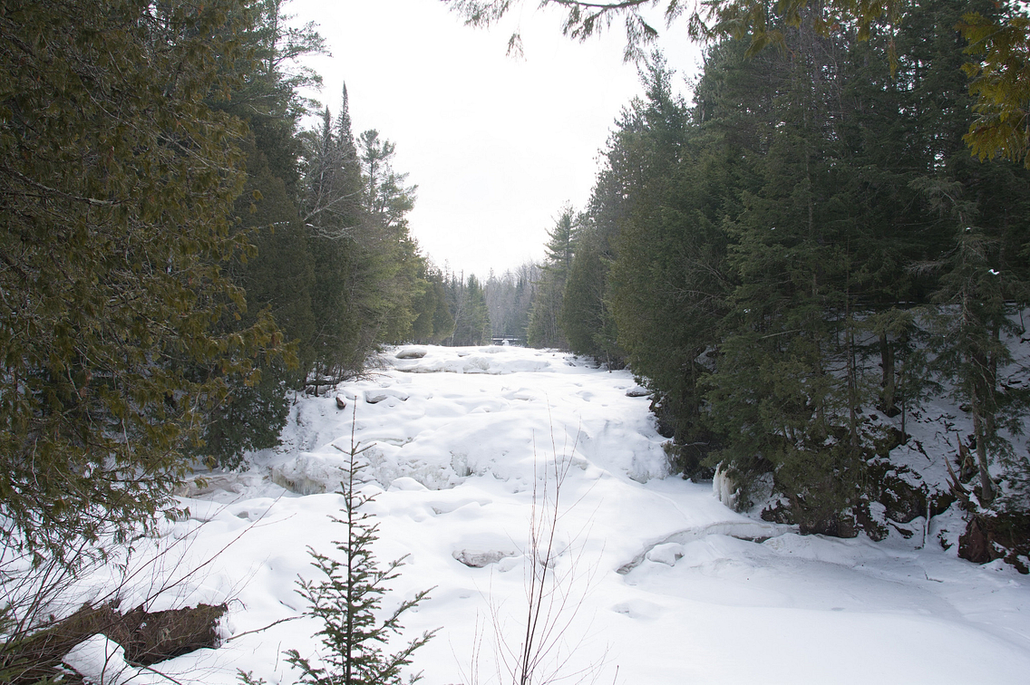 Photo of frozen waterfall in Copper Falls State Park