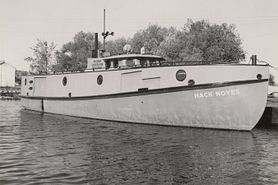 Hack Noyes research boat on Lake Superior