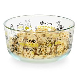 Winnie the Pooh 4-cup Glass Storage with Honeycomb cereal inside