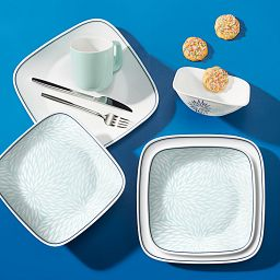 Dahlia 16-piece Dinnerware Set, Service for 4 on the table