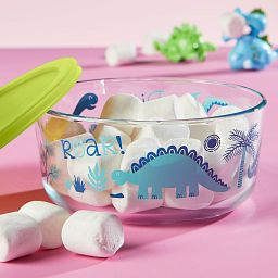 Dino-Mite 7-cup Glass Food Storage Container with marshmallows inside