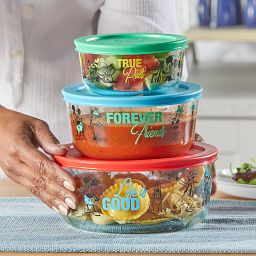 6-piece Decorated glass Storage Set: Mickey & Friends on the counter with food inside