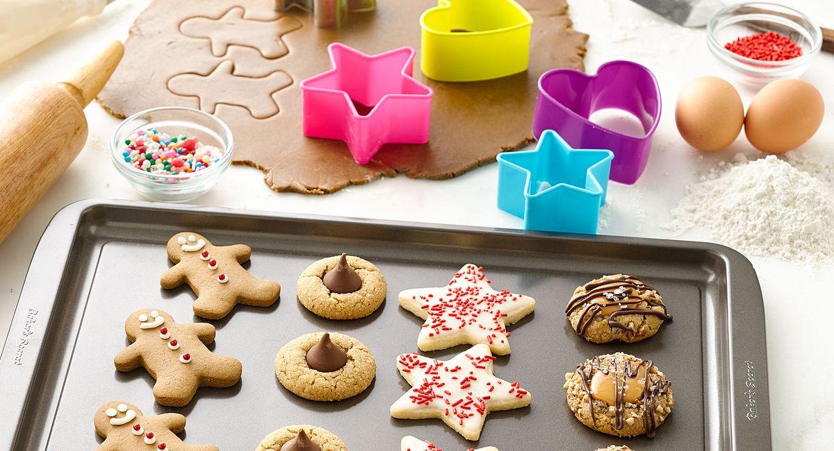 Host a Cookie-Making Marathon