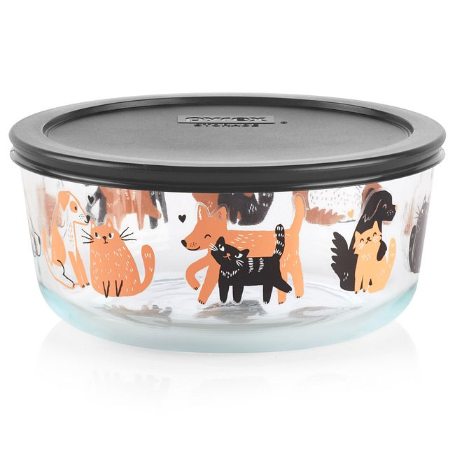 Dog and Cat 7-cup Glass Food Storage Container with Black Lid