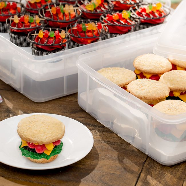 Snap 'N Stack Enter-Tainers 2-Layer Cookie, Cake & Brownie Carrier