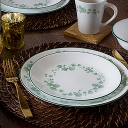 Callaway Place Setting on Table