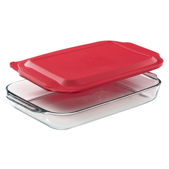 4.5-quart Glass Baking Dish with Red Lid