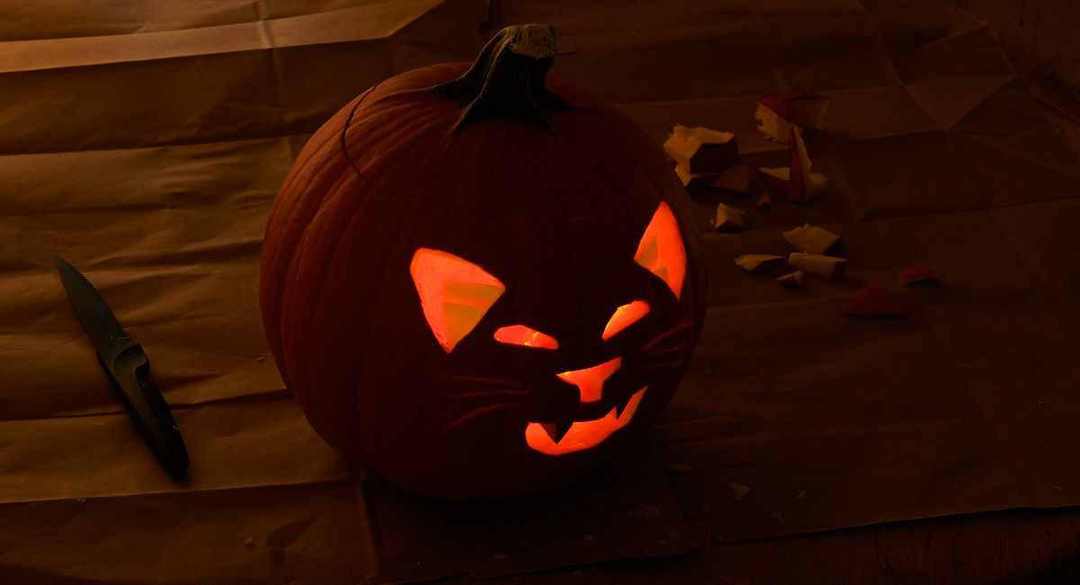 Pumpkin Carving Tips for Jazzy Jack-o'-Lanterns