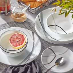 City Ribbon 18-piece Dinnerware Set on the table