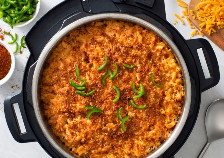 Creamy Mac and Cheese in a white bowl