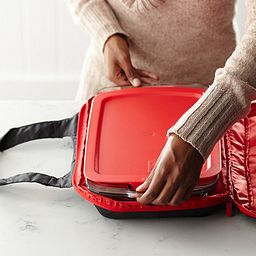 Pyrex Portable Dish inside Carrier