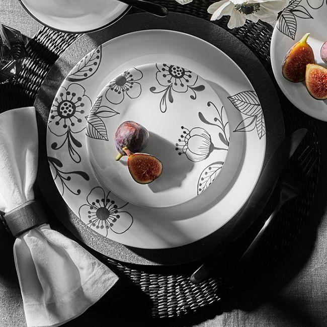 Inked Poppy 18-piece Dinnerware Set, Service for 6