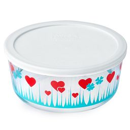 Simply Store® 7 Cup Lucky in Love Storage Dish w/ Lid On