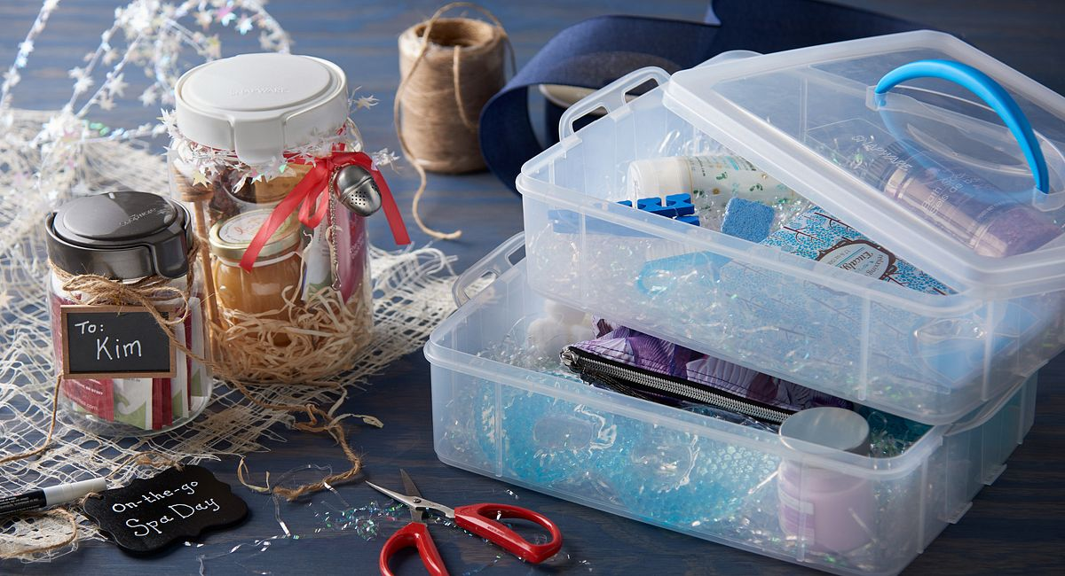 3 DIY Holiday Giftables Your Neighbors Will Love