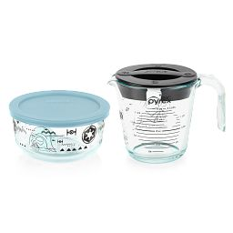 4-piece Measuring Cup and Storage Set with measuring cup showing measurement side