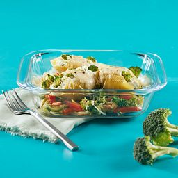 Littles 24-ounce Square Bakeware Dish with veggies inside