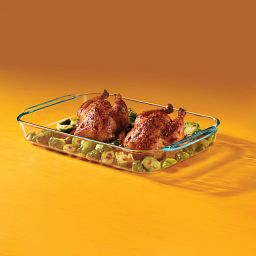 4.5-qt Oblong Baking Dish with Cornish Hens inside