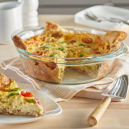 """Pyrex Deep 9.5"""" Pie Baking Dish with quiche inside"""