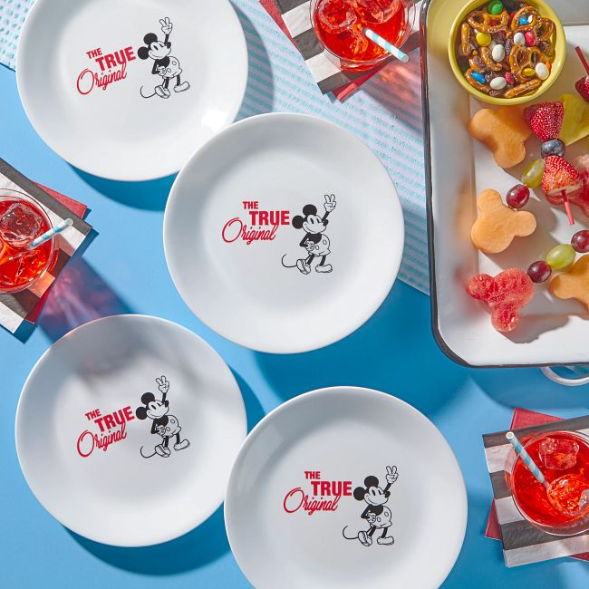 "8.5"" Salad Plate: Mickey Mouse™ - The True Original"