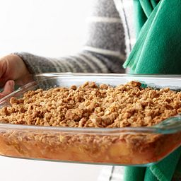 Easy Grab 2-qt Oblong Baking Dish w/ Cobble inside