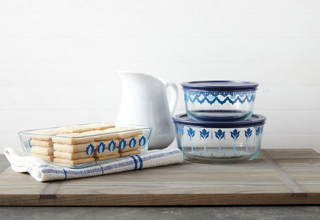 Set of Pyrex Santorini Storage Containers