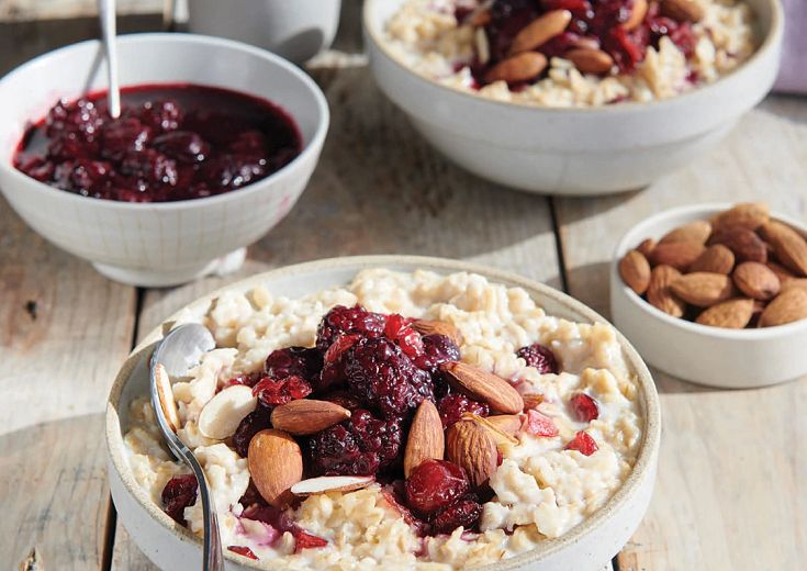 Steel-Cut Oatmeal with Cranberries and Almonds