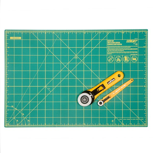 Rotary Essential Kit – 45mm Rotary Cutter, 18mm Rotary Cutter and 12″ x 18″ Rotary Mat (RTY-2/RE)