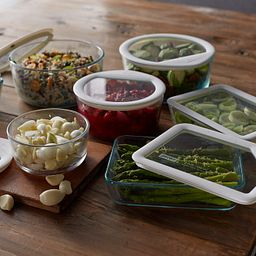 Ultimate 10-piece Storage Set with Food in Dishes on the table