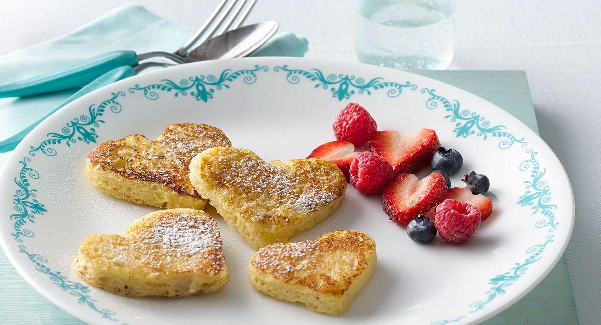 6 Creative Ways to Serve Your Valentine Breakfast in Bed