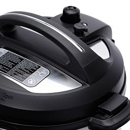 Instant Pot® Ultra™ 8-quart Multi-Use Pressure Cooker lid
