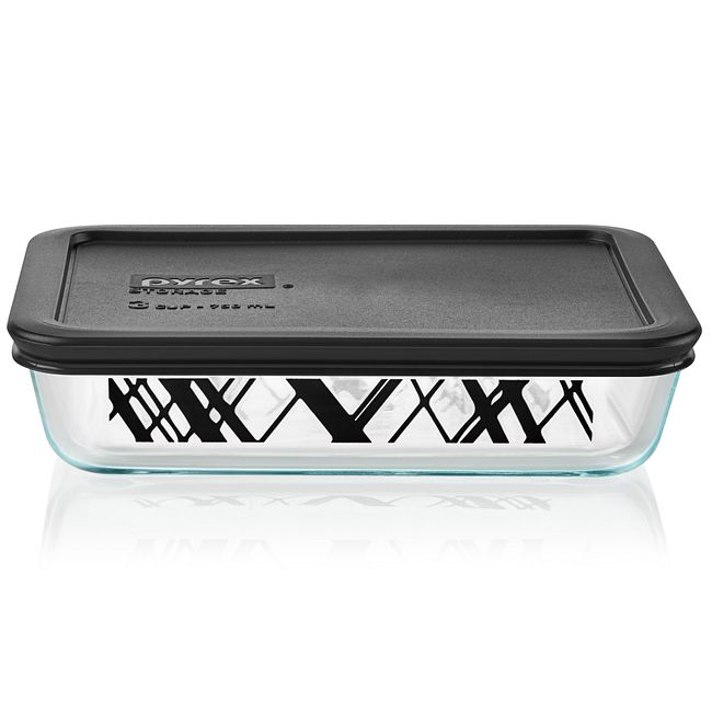 Noir 3-cup Glass Food Storage Container with Black Lid