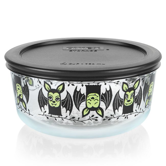 Bats 4-cup Glass Food Storage Container with Black Lid