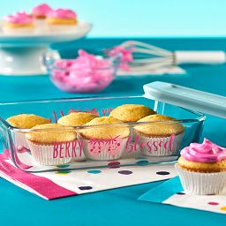 Berry Blessed 3-cup Food Storage Container with cupcakes on the table