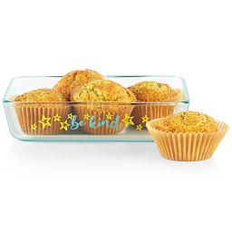 Sentiments Be Kind 3-cup Glass Food Storage Container with food inside