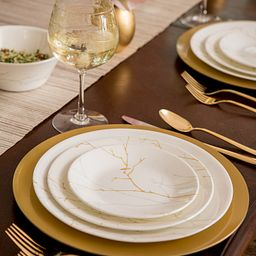 Market Street New York Gilded Wood Table Setting