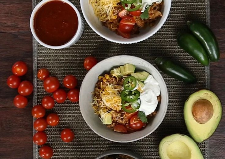 20 Minute Chicken Burrito Bowls in Instant Pot