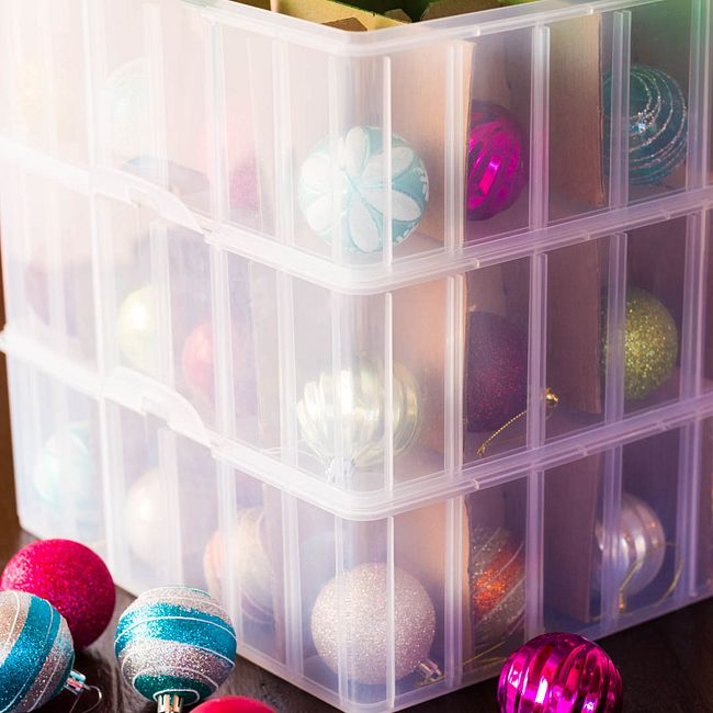 Snap 'N Stack 3-Layer Ornament Keeper