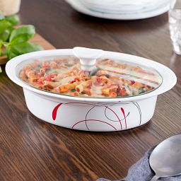 Splendor 2-qt Oval Casserole and Glass Lid with food inside