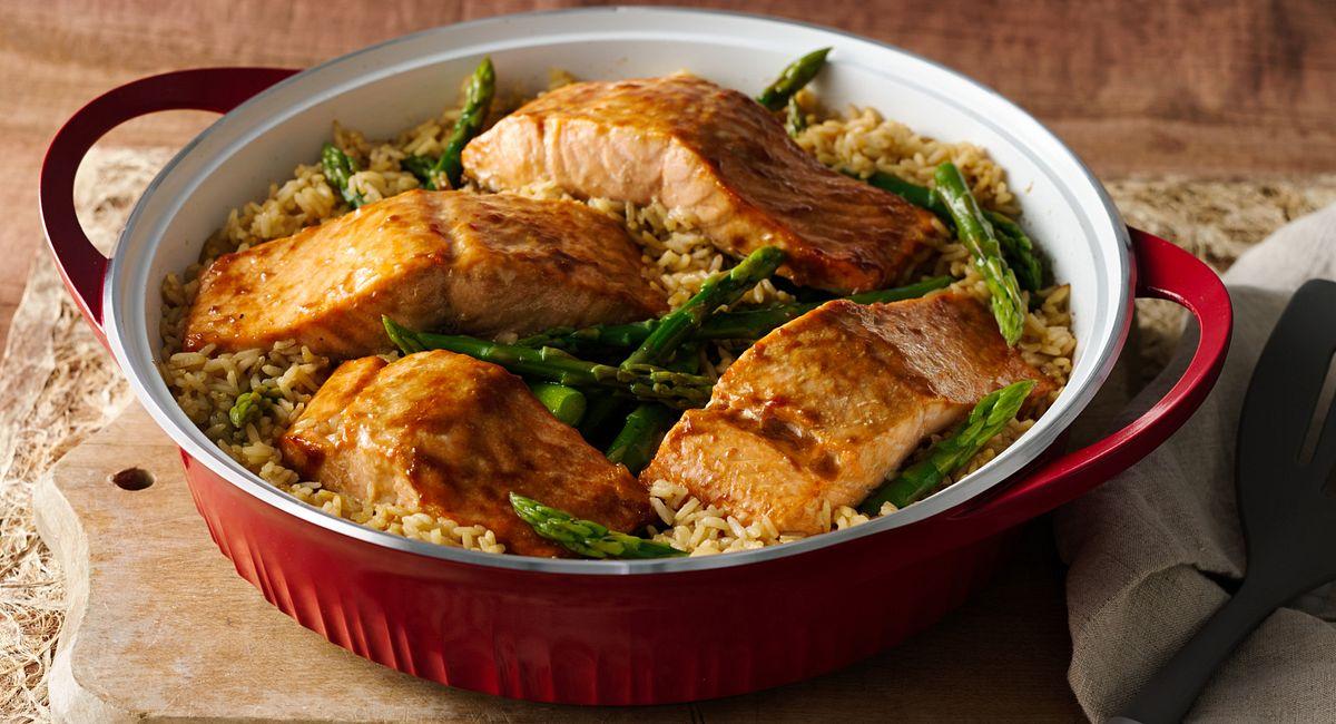 One-Dish Dinner: Teriyaki Roasted Salmon and Asparagus