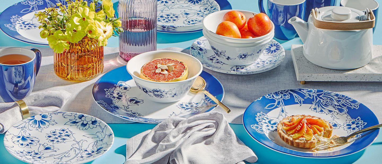 Indigo Blooms dinnerware set