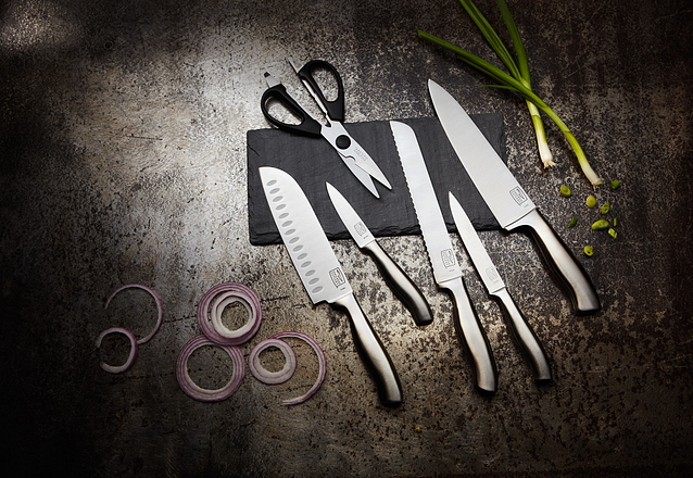 insignia steel knife set