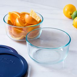 4-pc Round 4 Cup Storage Set Showing Bowl with Fruit
