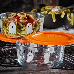 Two Ghosts 4-cup Glass Food Storage Containers with pasta salad inside