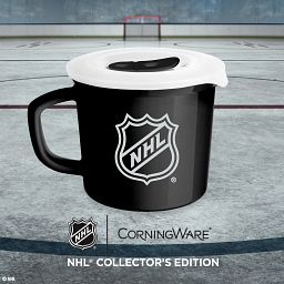 NHL® Collector's Edition 20-ounce Meal Mug™ with Lid on ice with net in background