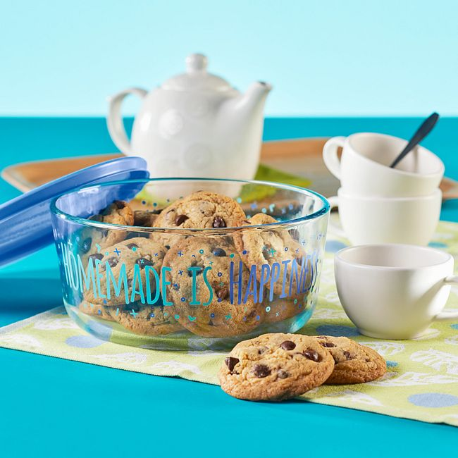 Homemade is Happiness 7-cup Glass Food Storage Container with Blue Lid