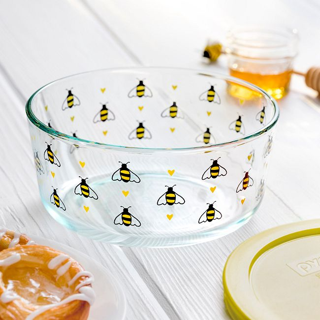 Bee Happy 7-cup Glass Food Storage Container with Yellow Lid