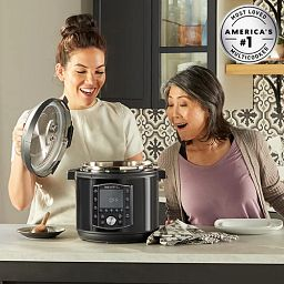 Instant Pot Pro 8 quart multi-use pressure cooker